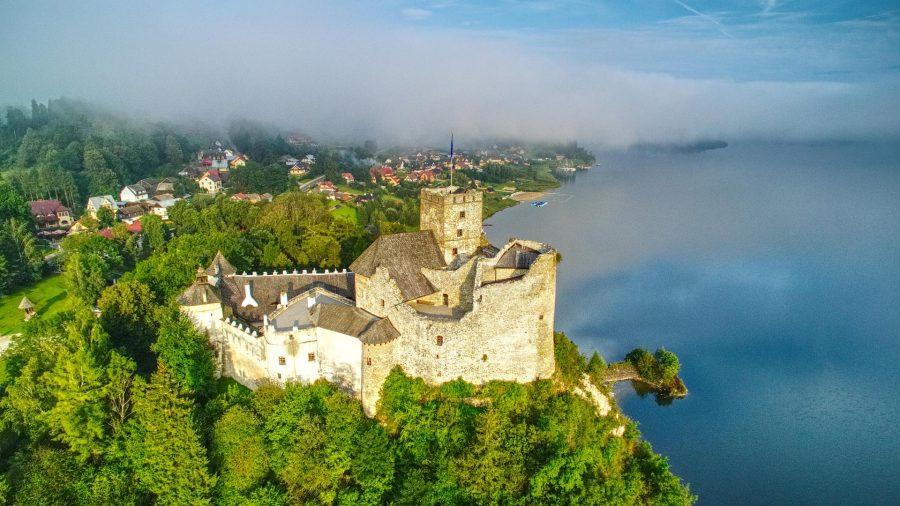 Zamek w Niedzicy z drona