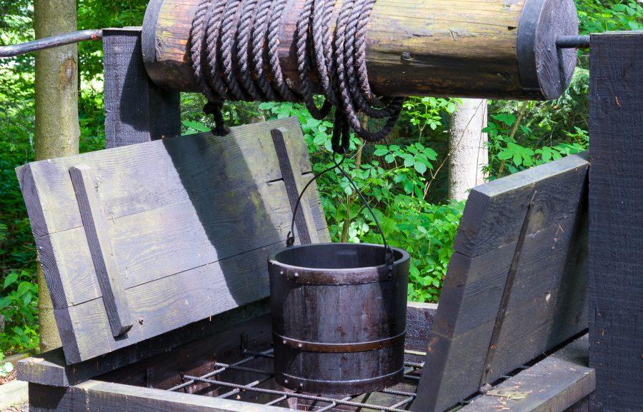 Bóbrka – najstarsza kopalnia ropy naftowej na świecie Muzeum Przemysłu Naftowego i Gazowniczego w Bóbrce