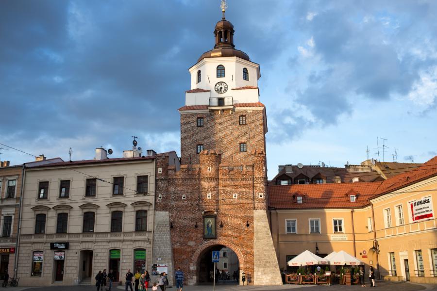 lublin brama krakowska na starówce