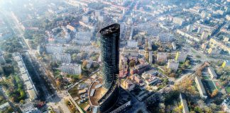 Sky Tower we Wrocławiu. Fot. Artur Kowalczyk, Polska Zachwyca