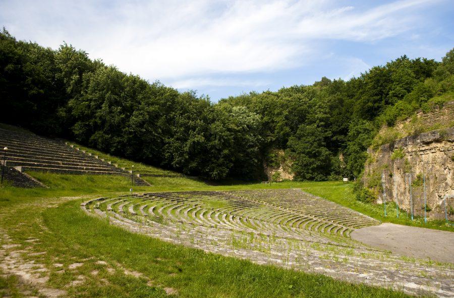 Amfiteatr i mauzoleum na Górze Świętej Anny