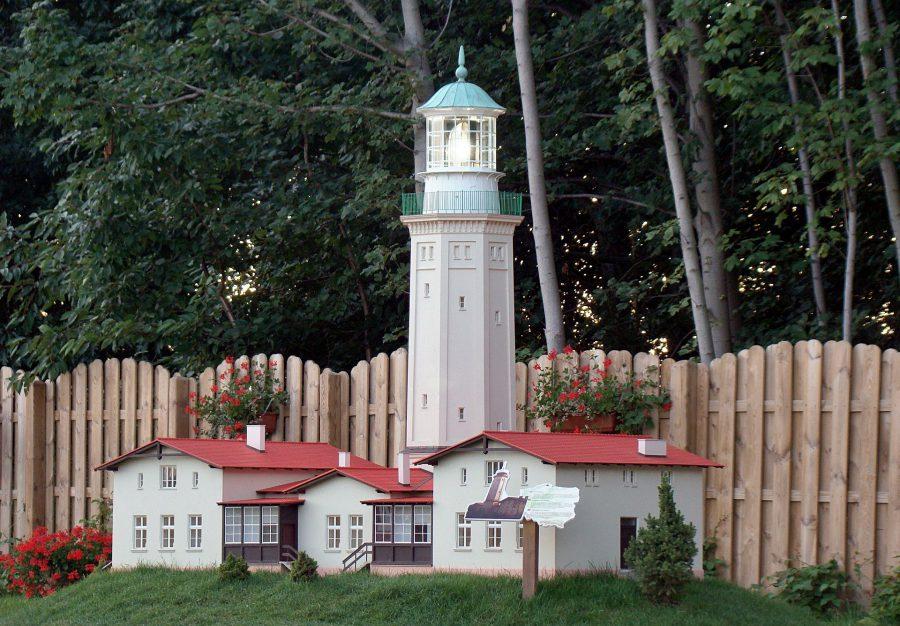 park miniatur latarni morskich w Niechorzu szlak latarni morskich