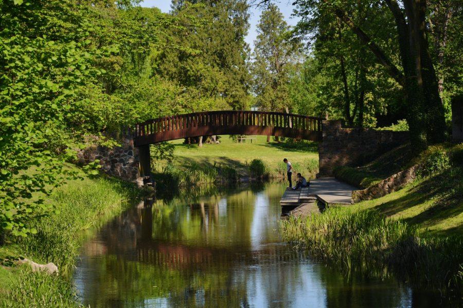 Żelazowa Wola park w Żelazowej WOli DOm Chopina