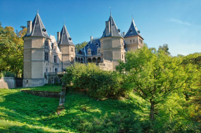 Wielkopolskie atrakcje zamek pałac w gołuchowie