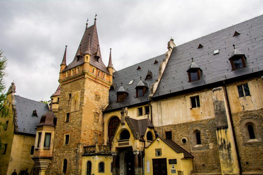 zamek sobótka-górka