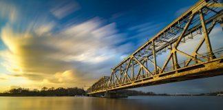 most zwodzony nad regalicą