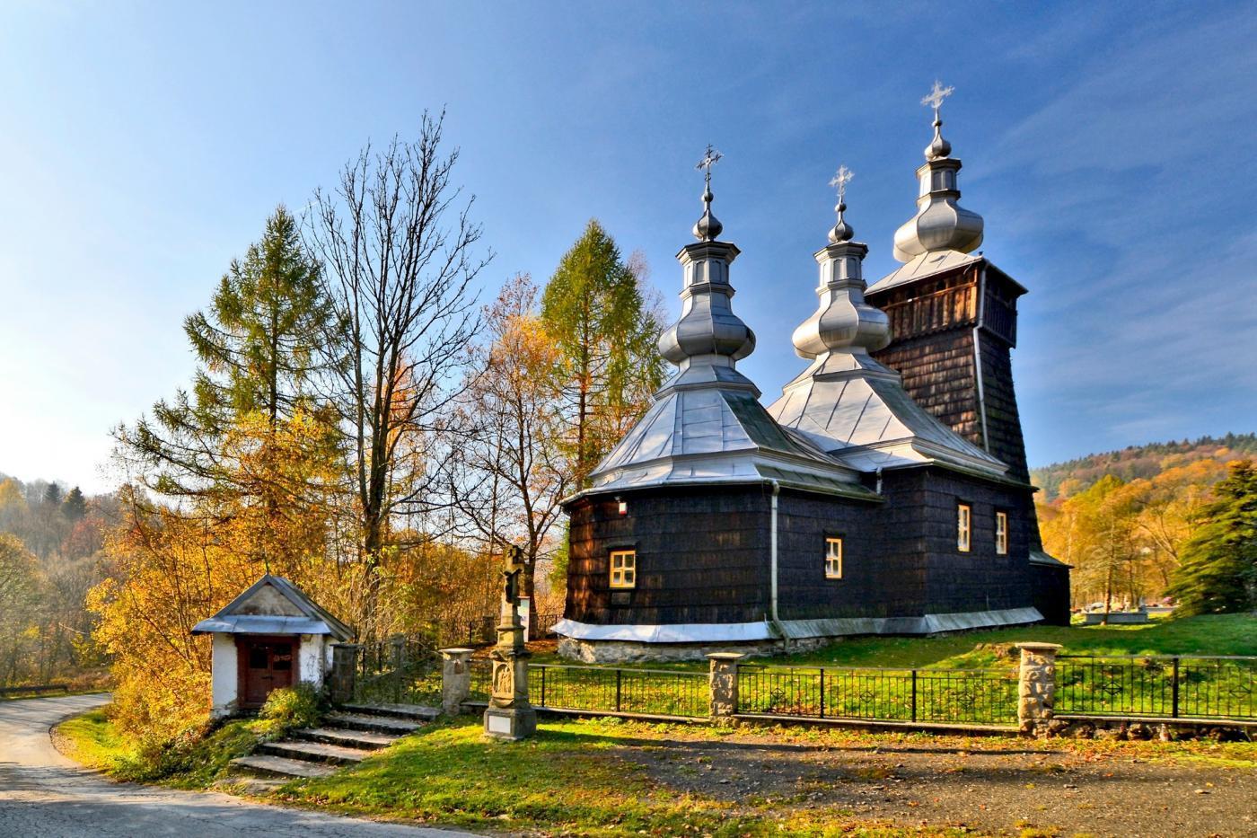 Cerkwie Beskidu Niskiego – piękno architektury drewnianej