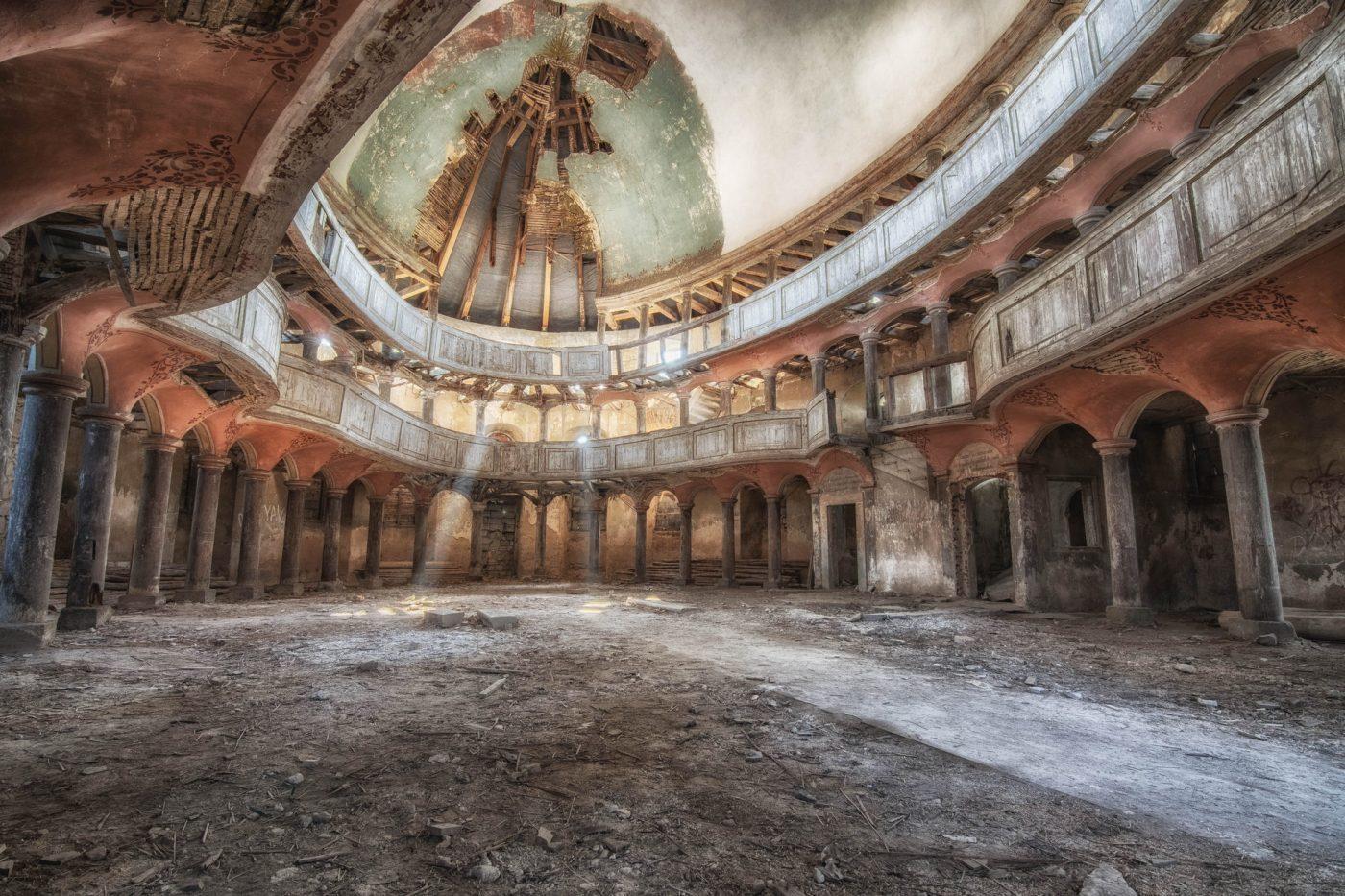 Kościół w Żeliszowie – nieuwierzysz cokryje wśrodku