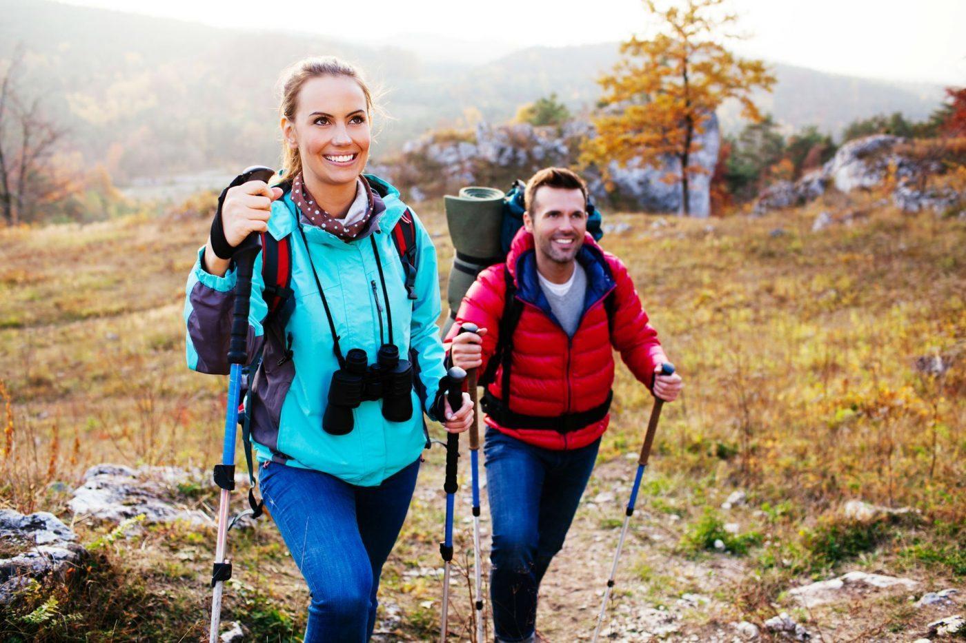Co zabrać w góry? Zobacz, jak się spakować w Tatry i Bieszczady