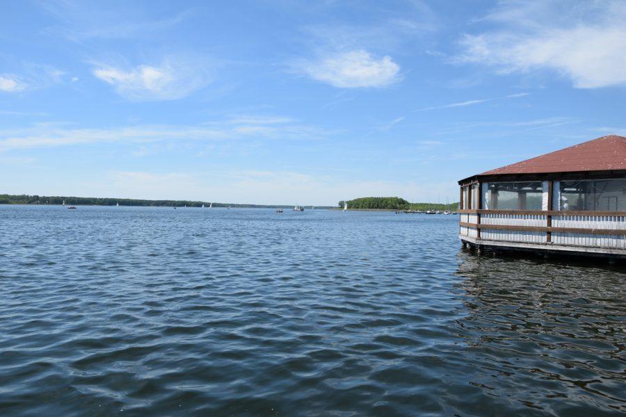 Jezioro Sławskie chatka na wodzie