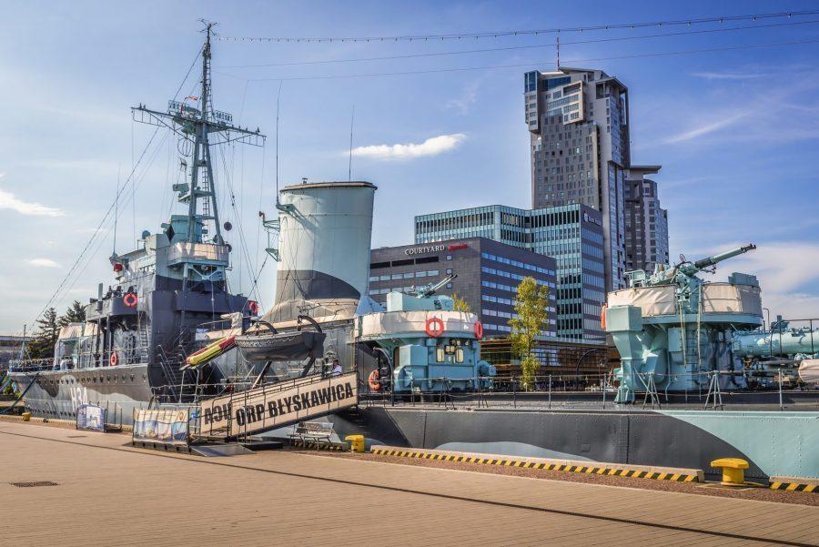 okręt kontrtorpedowiec niszczyciel orp błyskawica w gdyni