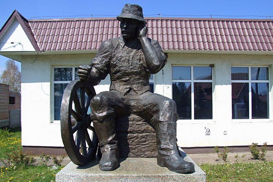 Pomnik sołtysa w Wąchocku