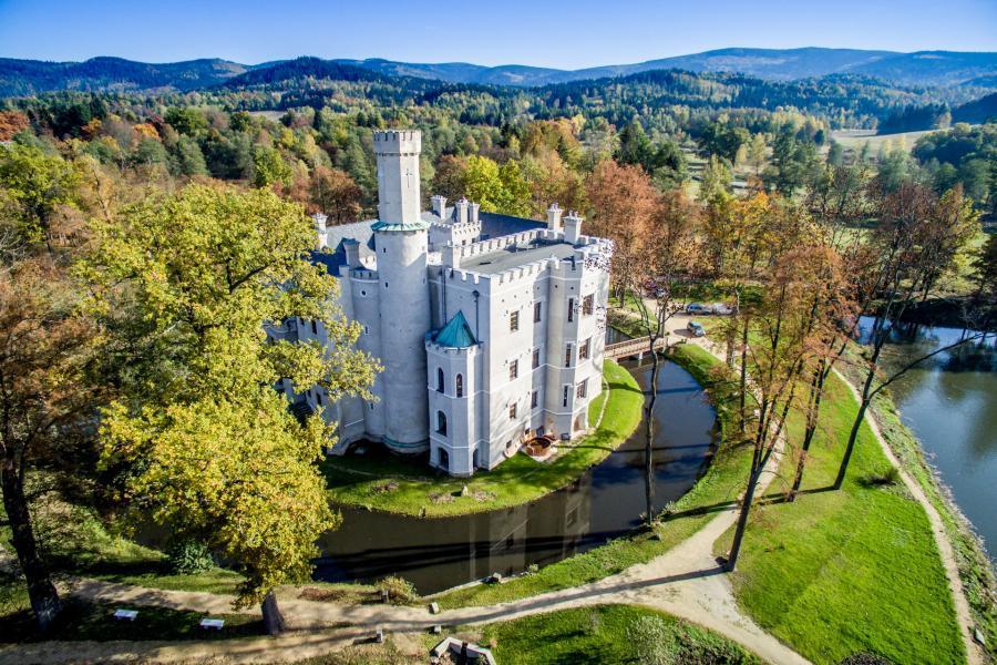 Pałac w Karpnikach zwany zamkiem w Karpnikach