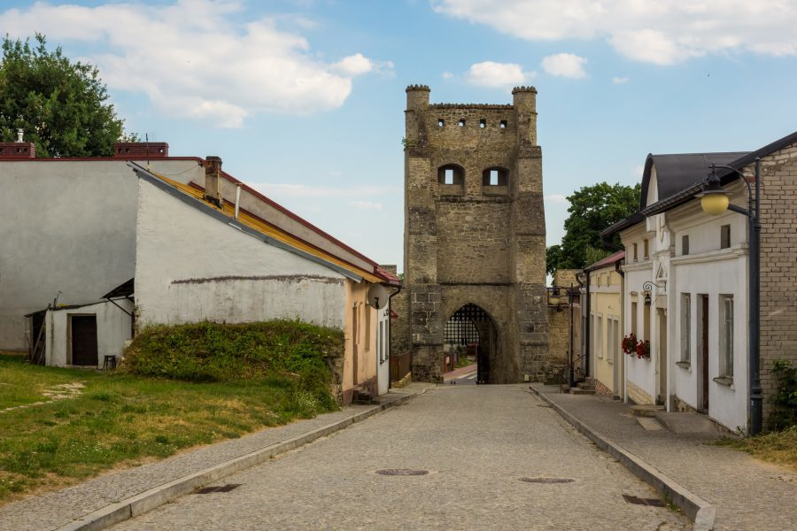 Brama Krakowska w Szydłowie – cenny średniowieczny zabytek