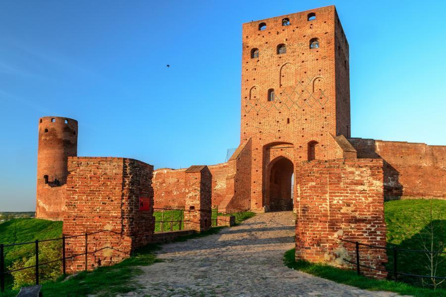 Brama do zamku w Czersku