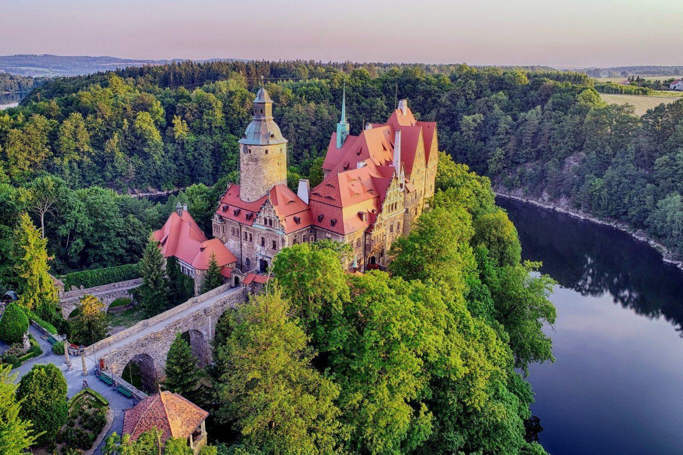 Dobrze zachowane polskie zamki. Wtych murach czas sięzatrzymał (Top15)