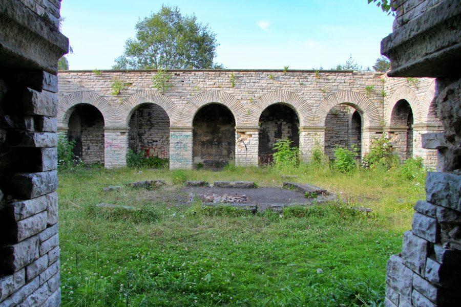Mauzoleum totenburg w Wałbrzychu