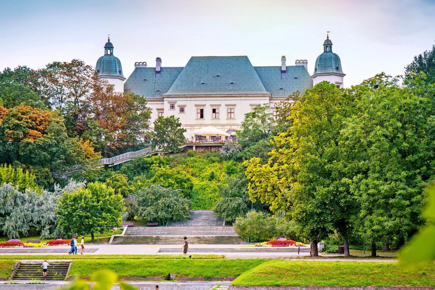 Zamek Ujazdowski wWarszawie – twierdza, szpital i centrum sztuki