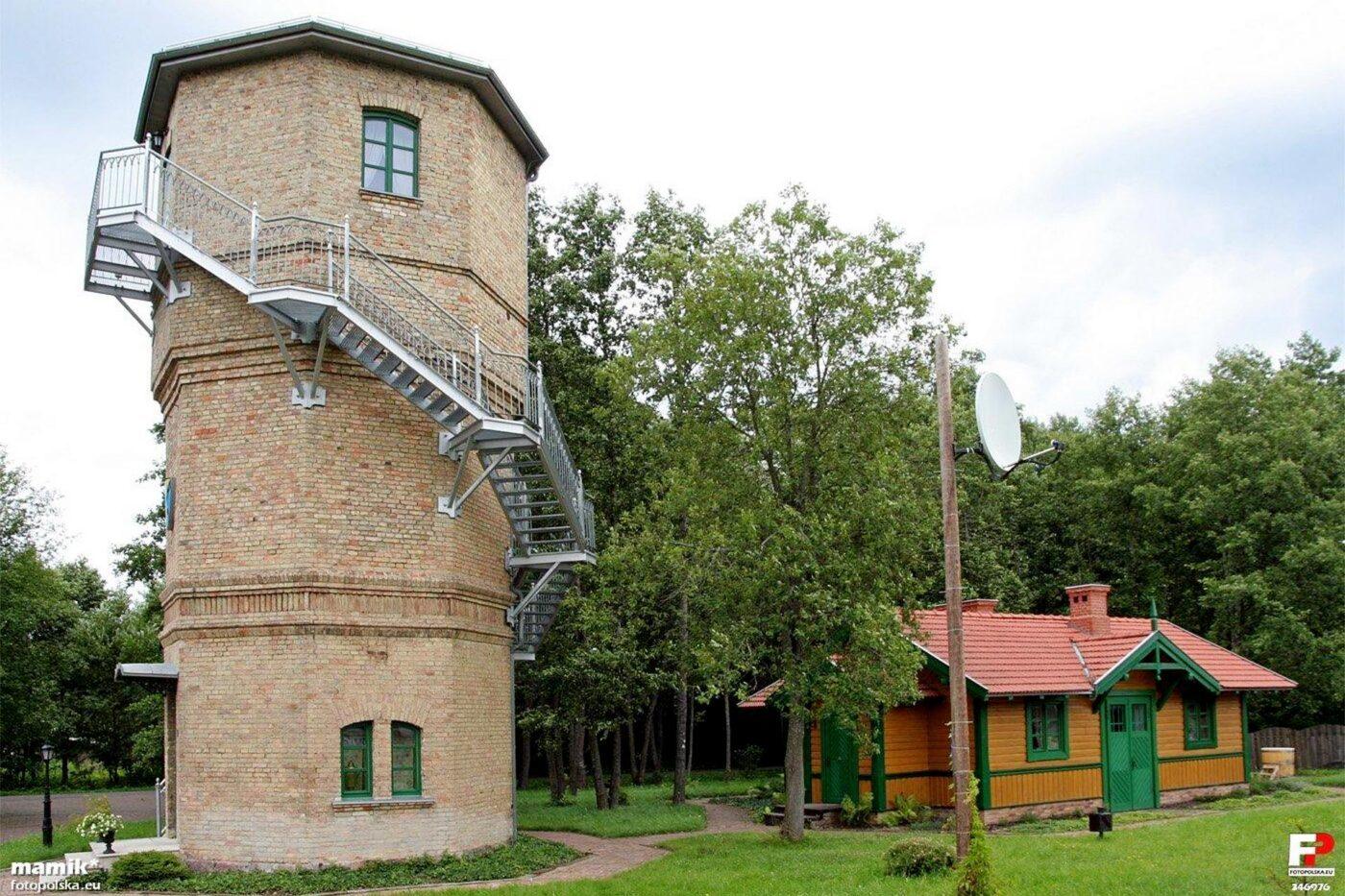 Wieża ciśnień przy stacji Białowieża Towarowa